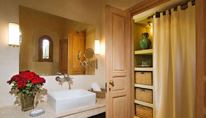 Villa Dinari's beautiful Colonial Bedroom, luxury villa in Marrakech Morocco