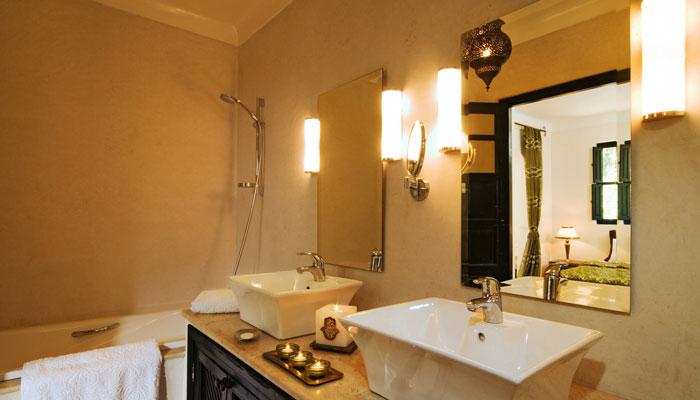 Bathroom in Dinari Suite, Villa Dinari luxury accommodation in Marrakech Morocco