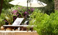 Pool-side parasol at your luxury villa in Marrakech