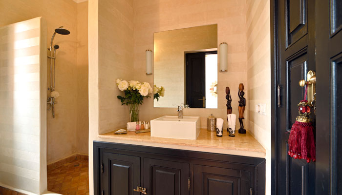 Lovely bathroom in the Amazigh suite at villa Dinari Marrakech Morocco